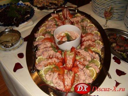 Салат с омарами или раками